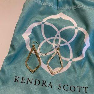 Kendra Scott NWOT Sophia earrings- gold tone